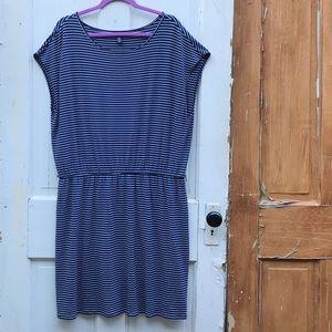 Gap black and white striped dress Size XL